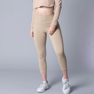 Paragon Augusta leggings in Sesame XSmall